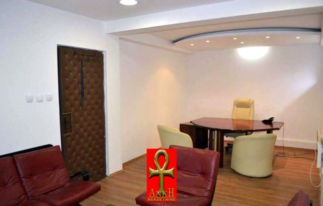 Poslovni prostor 240m² Voždovac