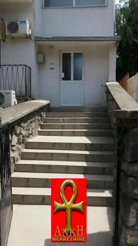 Poslovni prostor 100m² Savski Venac