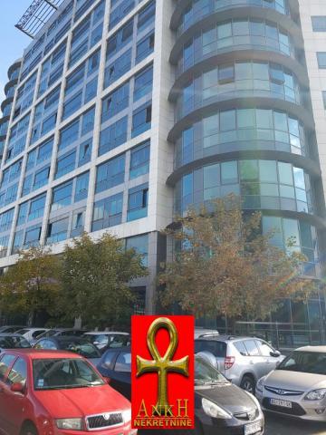 Poslovni prostor 773m² Novi Beograd