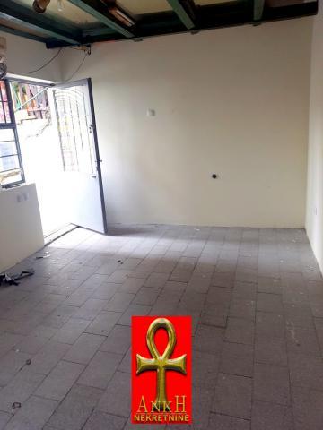 Poslovni prostor 20m² Savski Venac