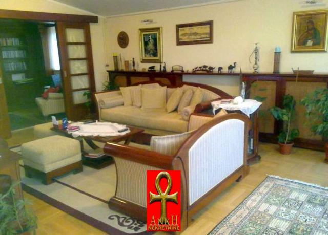 Stan 128m² Savski Venac