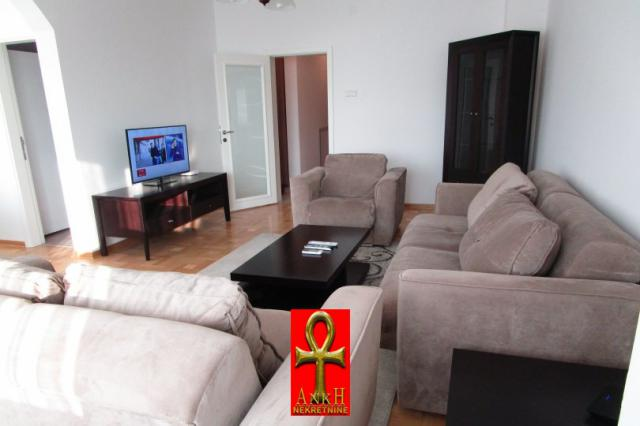 Stan 120m² Savski Venac