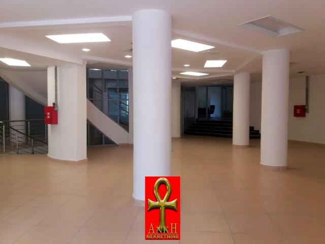Poslovni prostor 17m² Voždovac