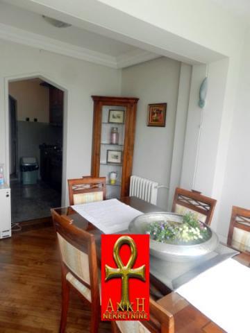 Stan 90m² Savski Venac