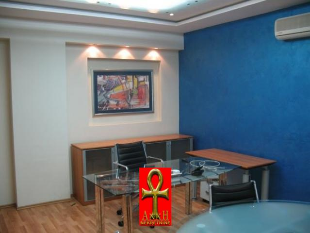 Poslovni prostor 369m² Savski Venac