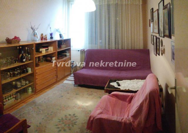 Stan , Niš | Stan 72m² Gradska bolnica