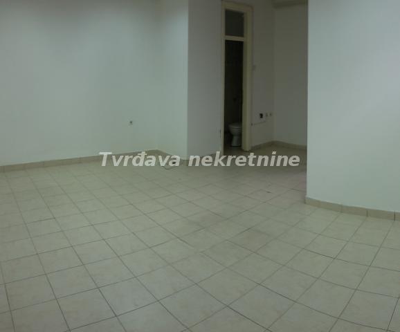 Poslovni prostor 26m² Centar